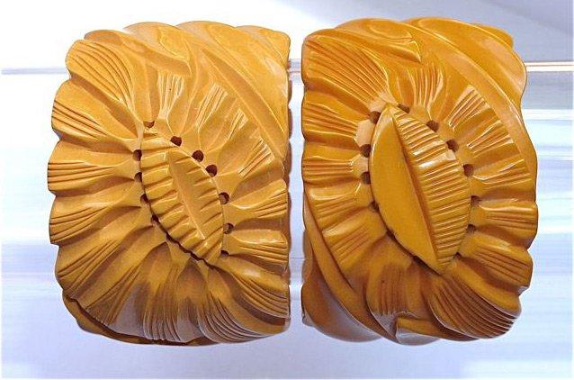 Резные браслеты из бакелита, фото