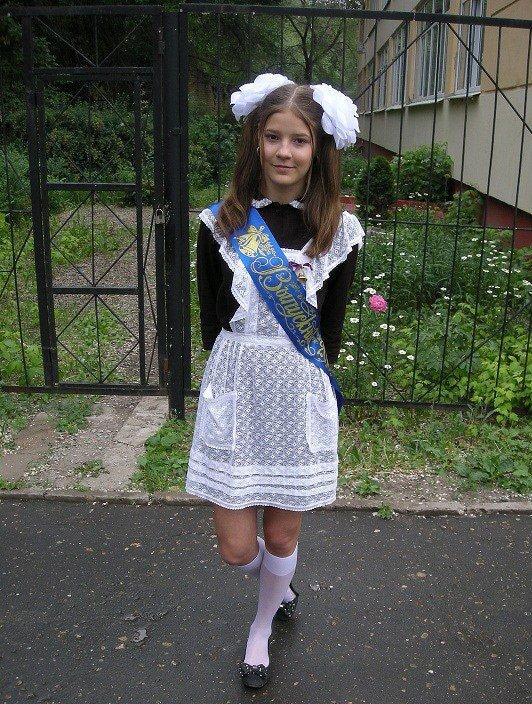 Девочка школьница, фото