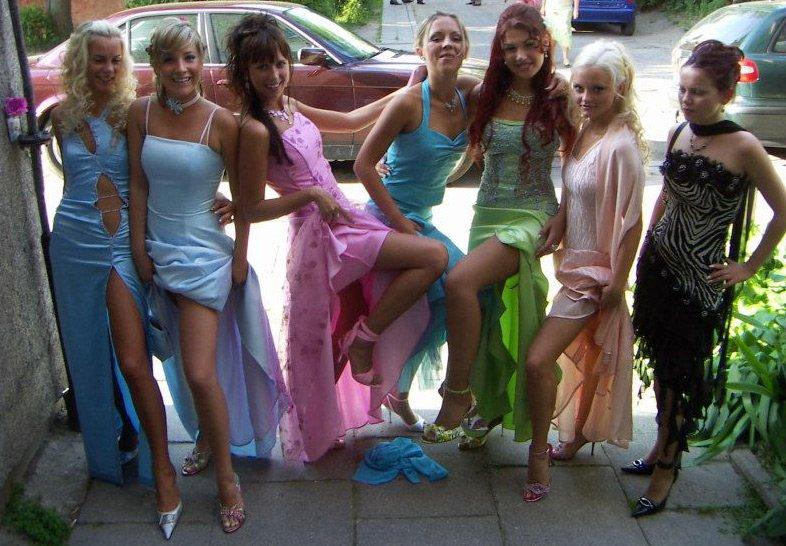 Красивые школьницы