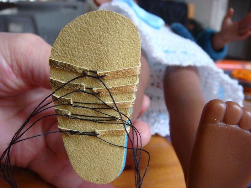 Как сделать босоножки для кукол 326