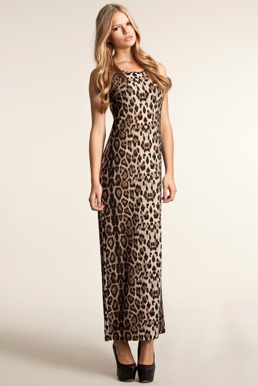 Девушка в леопардовом фото 678-423