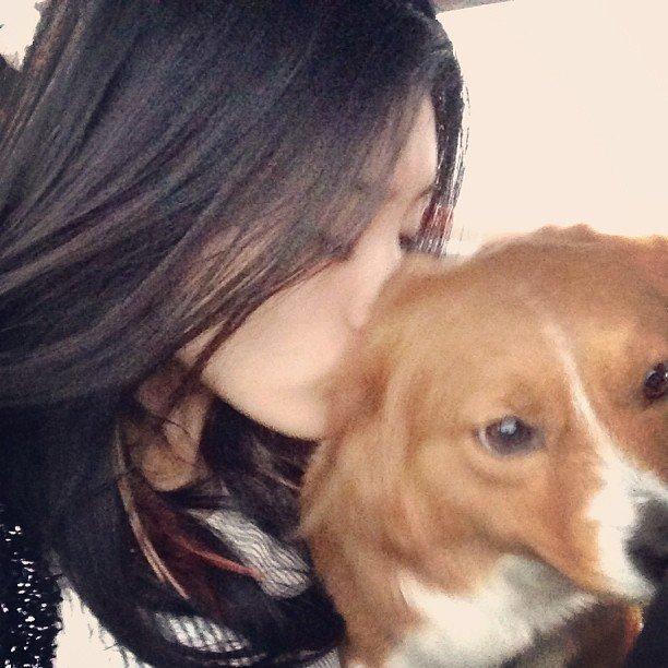 Топ модель Ming Xi, фото с собакой
