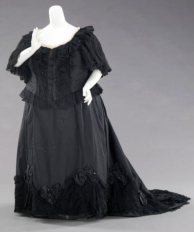 Платья которые носили королевы