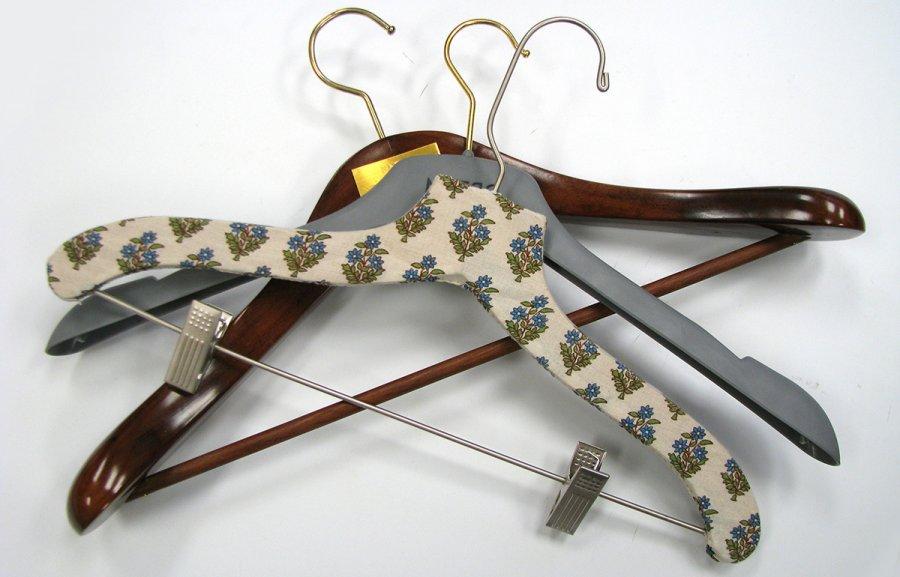 вешалки для одежды, фото