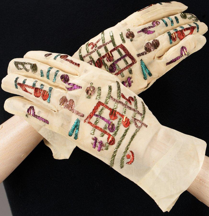 Винтажные перчатки, фото