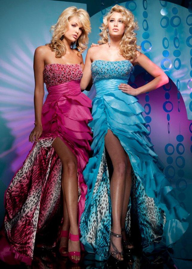 Блондинки в красивых платьях, фото
