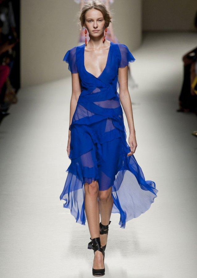 Синее платье, фото