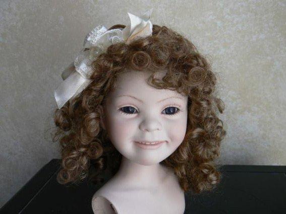 Необычная кукла, фото