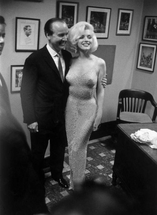 Платье Мэрилин Монро – с днем рожденья Мистер президент