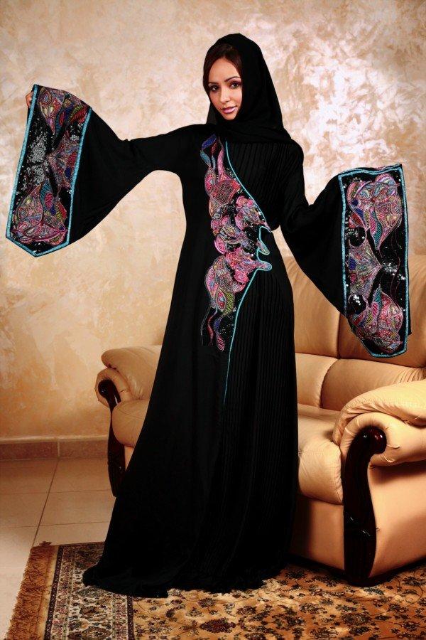 Красивая исламская девушка, фото