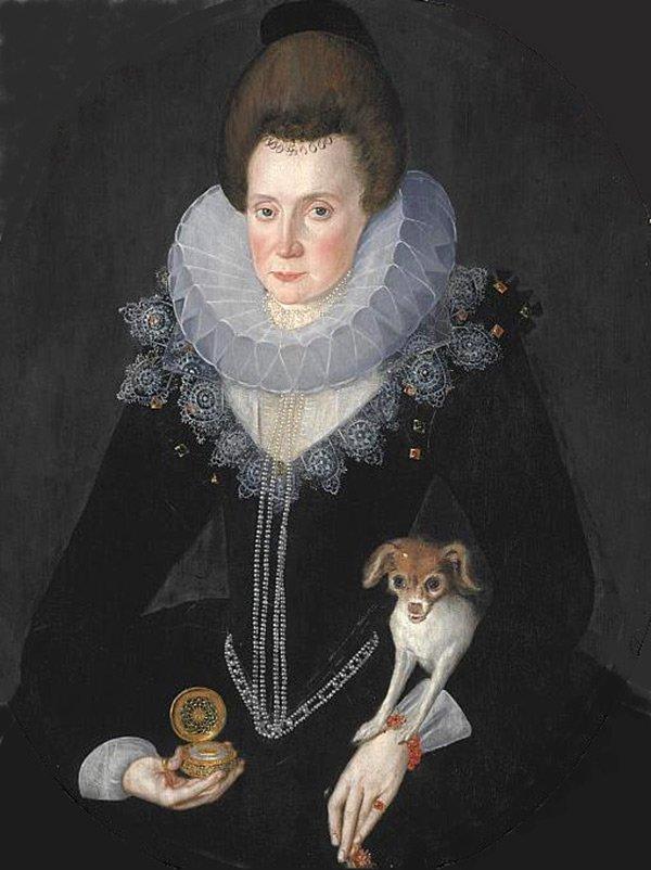 История в женских портретах