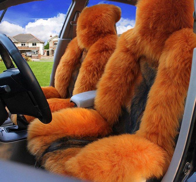 Гламурные меховые чехлы для авто