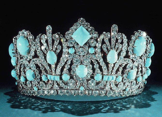 Корона с бирюзой, фото