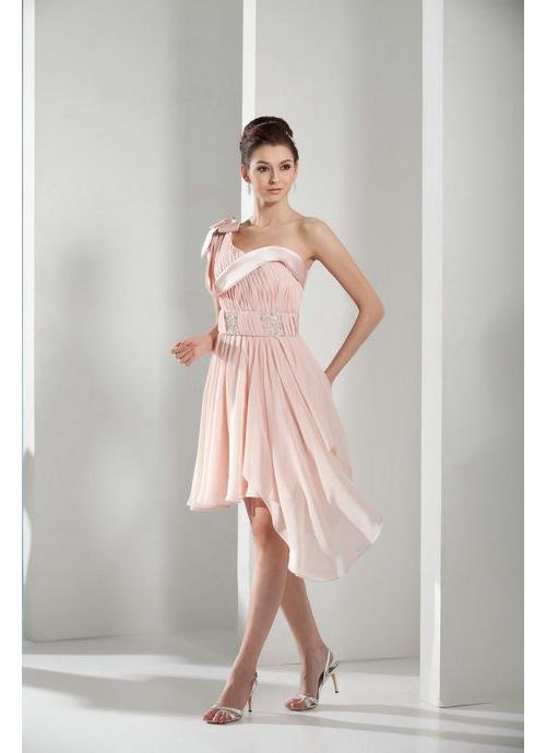 Нежно розовое платье, фото