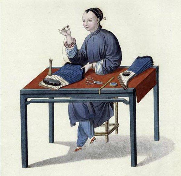 История чулок и колготок для мужчин и женщин