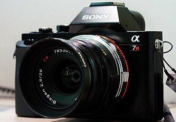 Лучшие фотоаппараты Сони для девушек