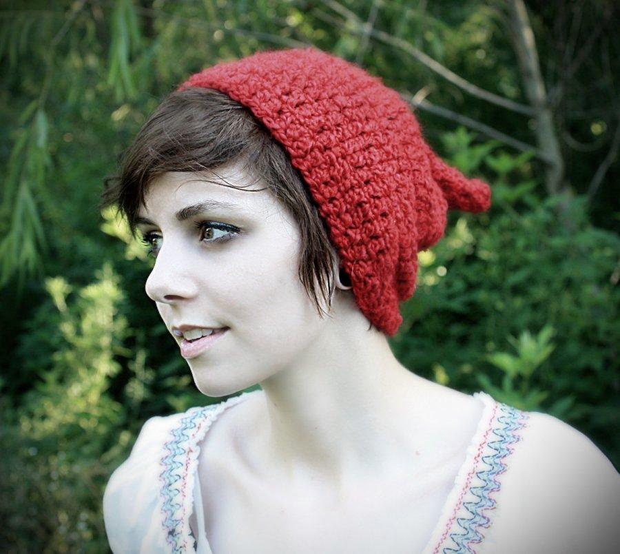 Красная вязаная шапочка, фото
