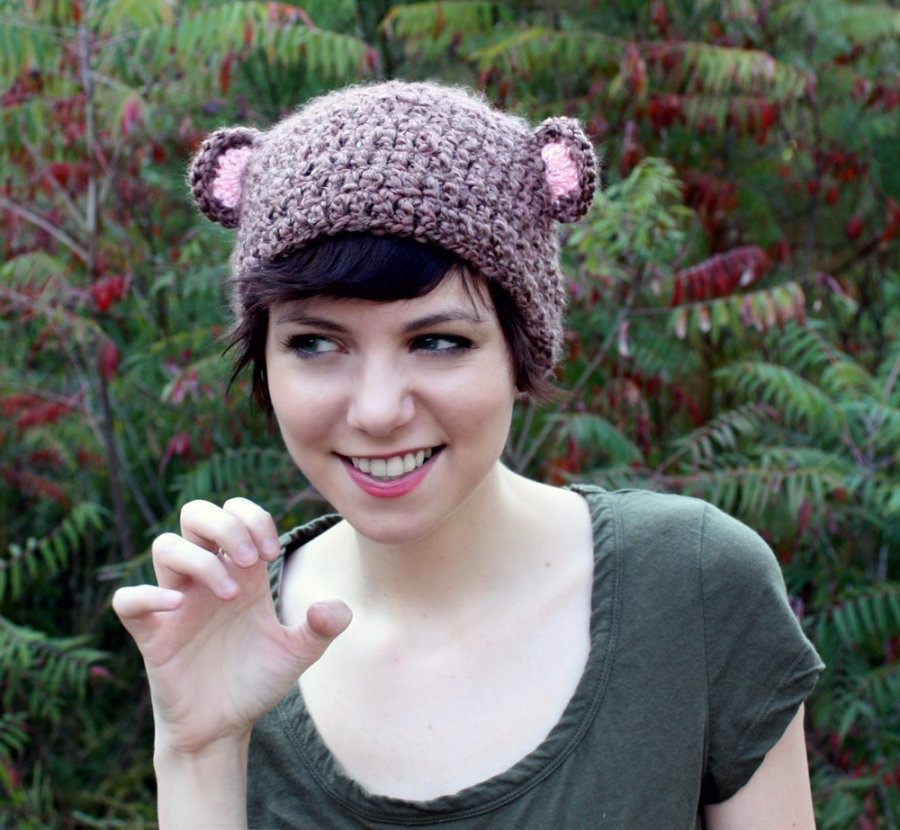 Красивые вязаные шапочки для девочек, фото