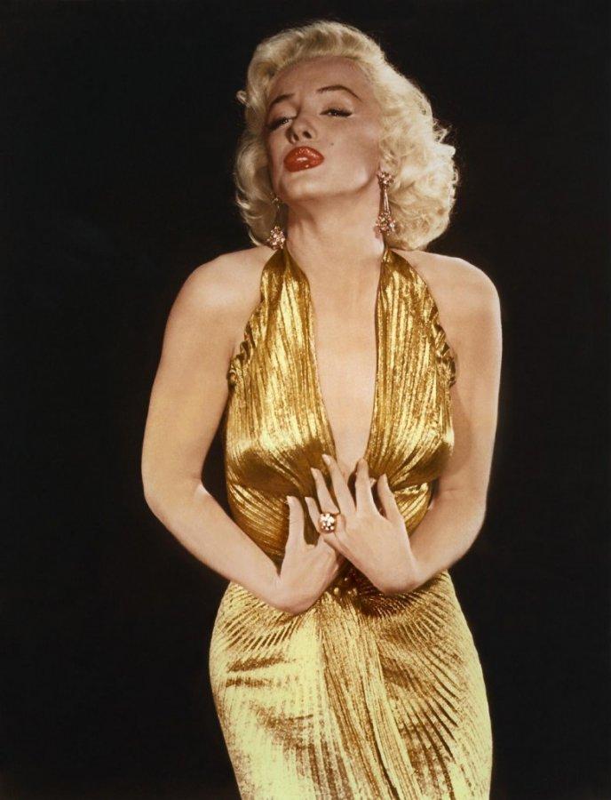 Золотое платье, фото