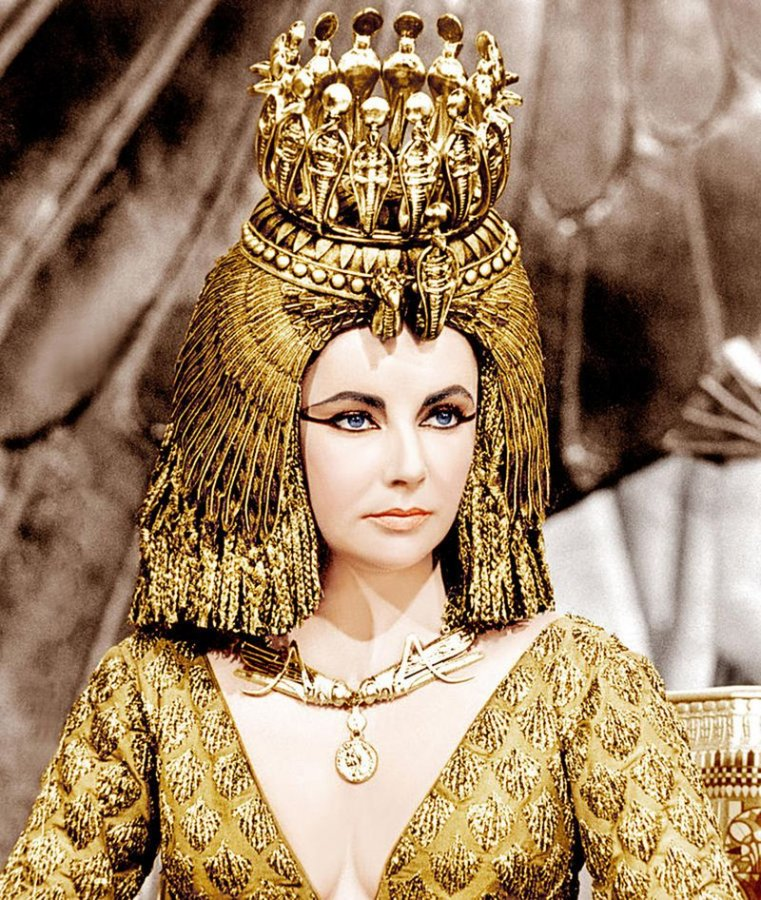 which egyptian queen made greatest contribution her countr Biography of egyptian queen nefertiti ancient symbol of beauty share flipboard the greatest artifacts from ancient egypt queens, empresses, pharaohs.