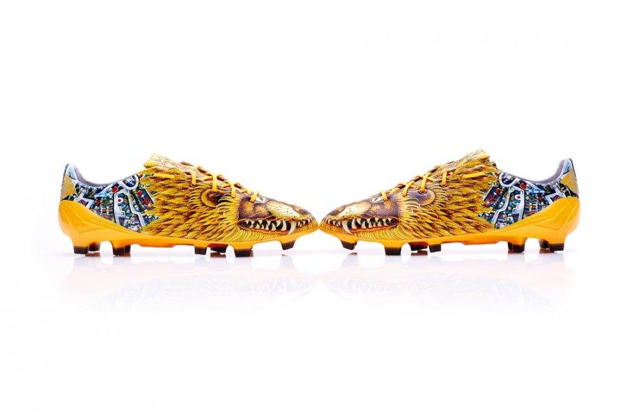 Зверские бутсы от Adidas для гламурных футболистов