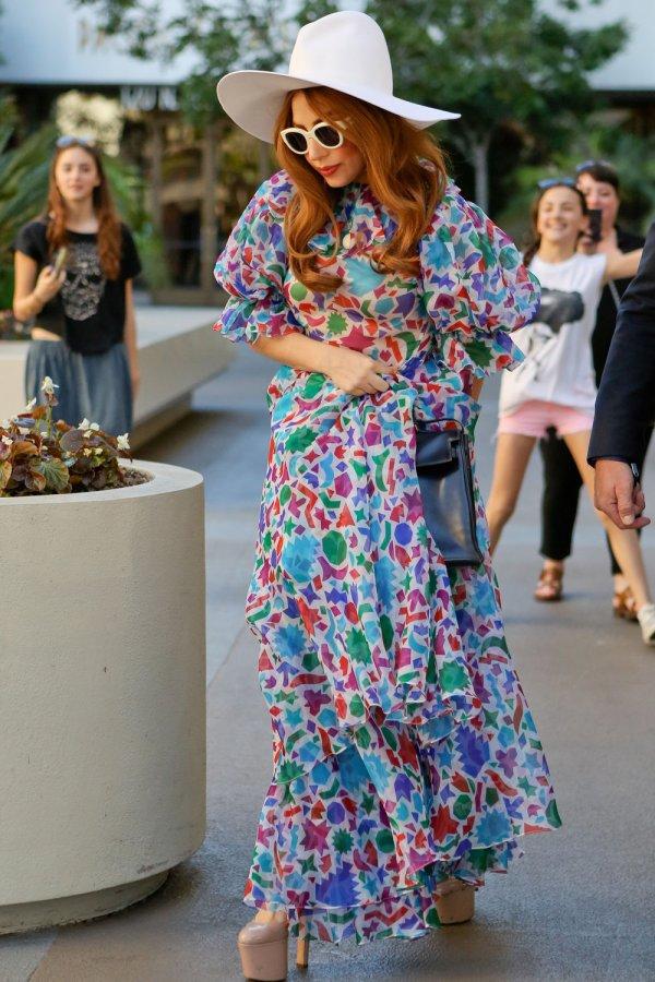 Леди Гага и ее платье