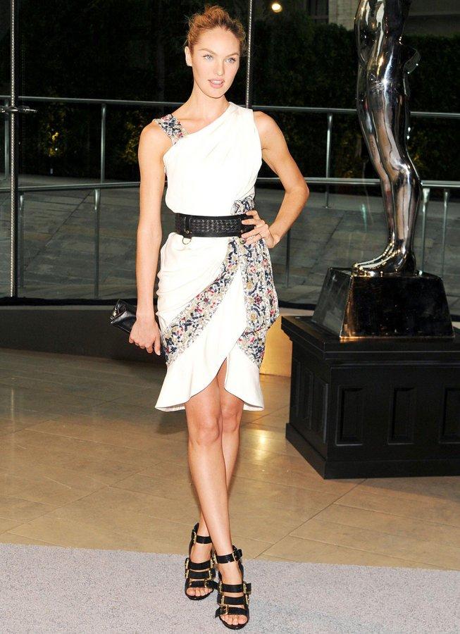 Кэндис Свейнпол фото в платье