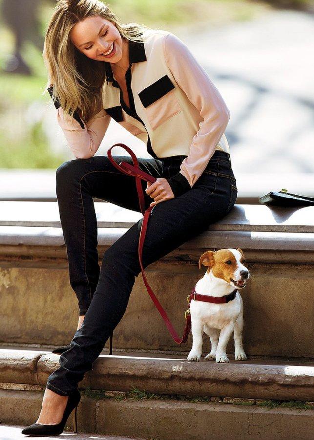 Кэндис Свейнпол фото с собачкой