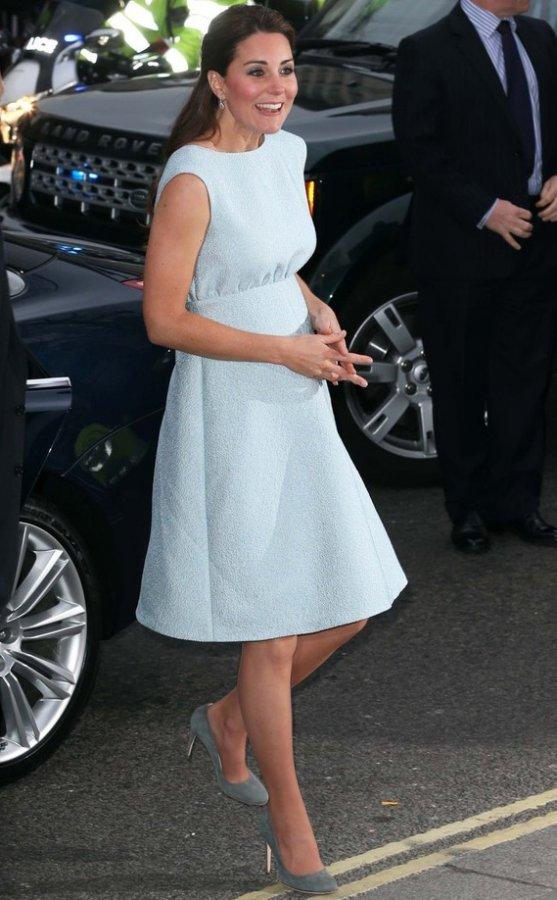 Герцогиня Кейт Миддлтон, фото в платье