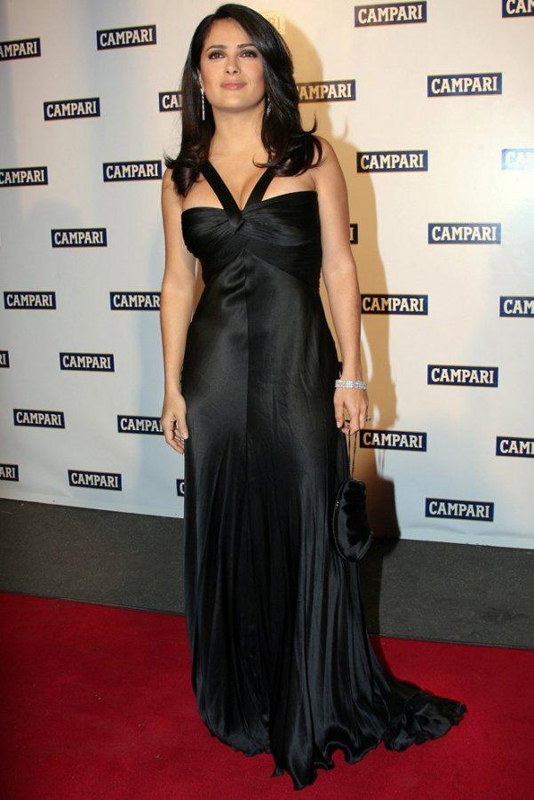 Сальма хайек фото в платье
