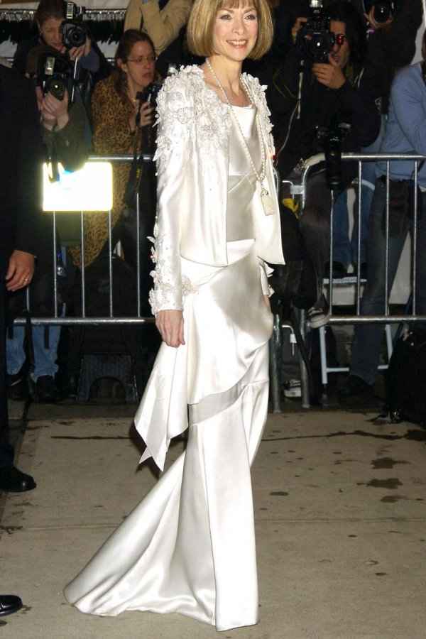 Белое платье Анны Винтур
