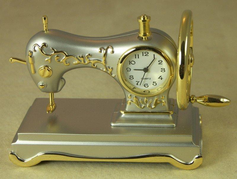 Сувенир – часы швейная машинка