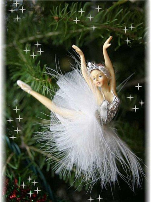 Новогодняя кукла на елку