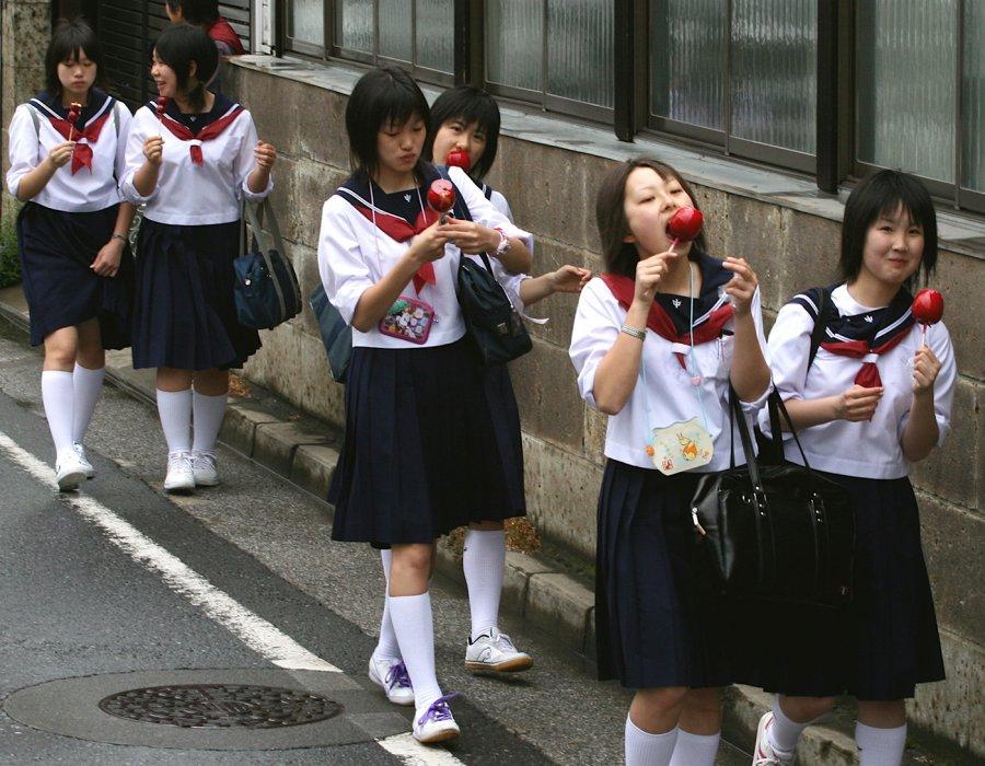 Порна наски япония школьнитцы фото 188-674