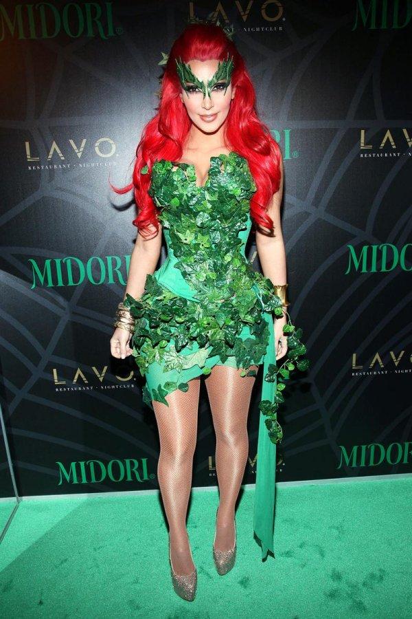 Красивое зеленое платье, фото