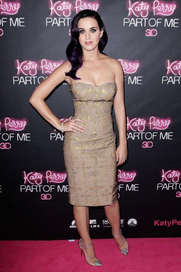 Кэти Перри в платье