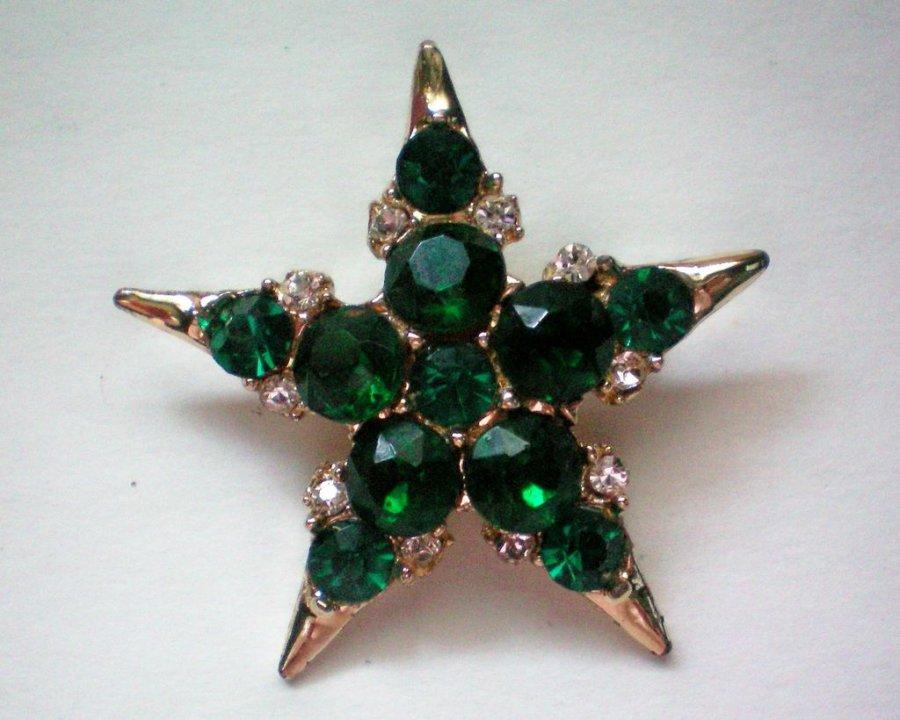 Звезда к Новому году – украшение
