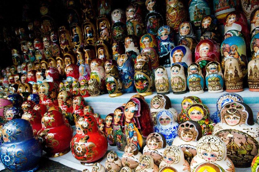 Русский стиль и матрешки