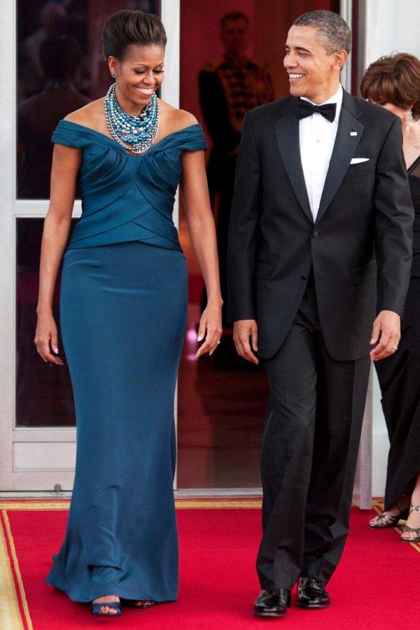 Темно-синее платье в пол, фото