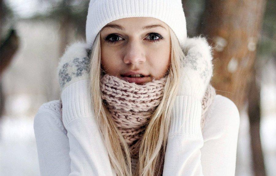 Правильный уход за кожей лица зимой в холодное время