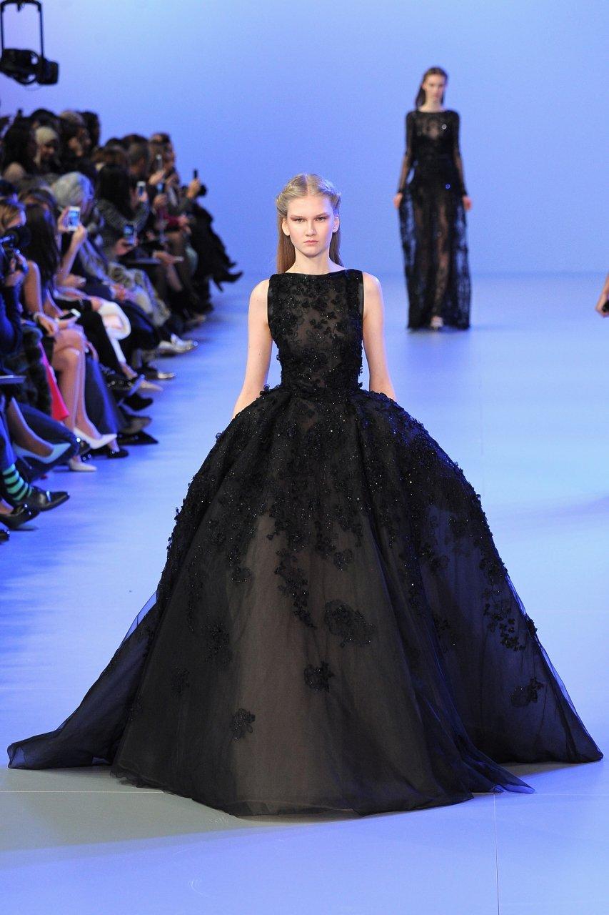 925c090bde6b Платье сверху Zuhair Murad, снизу Alexandre Vauthier