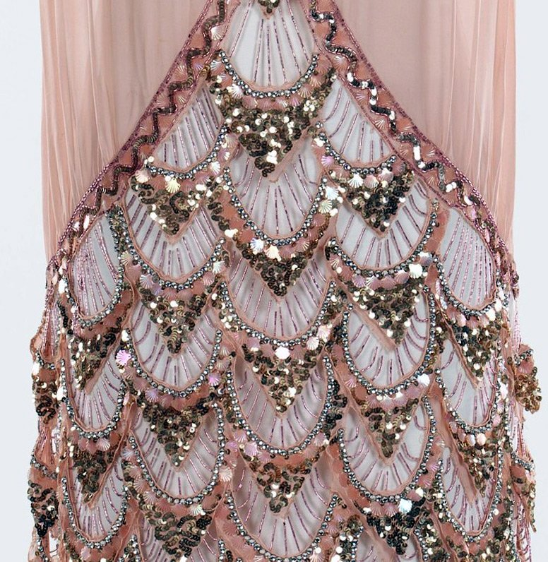 Украшение бисером платья 77