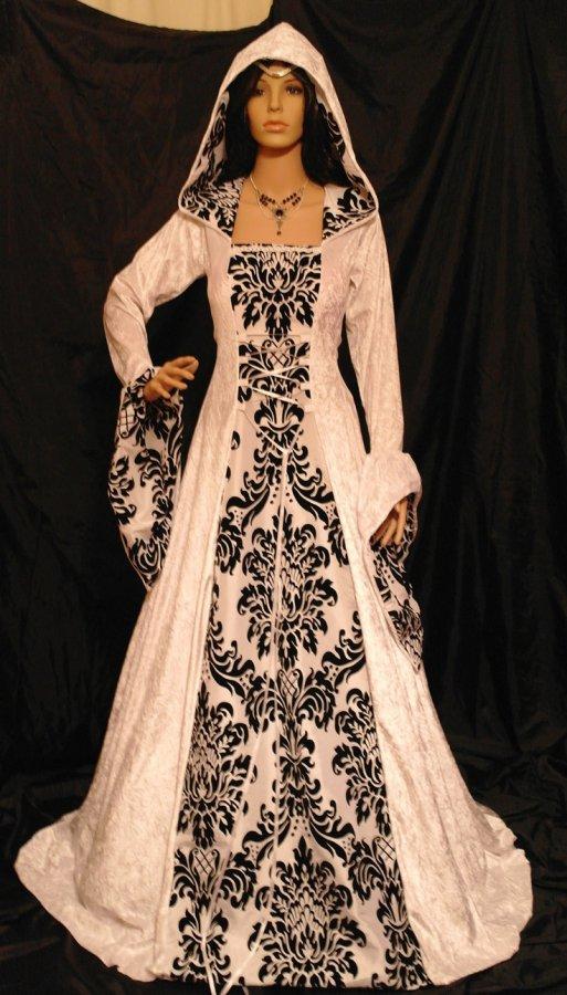 Готическое платье, фото