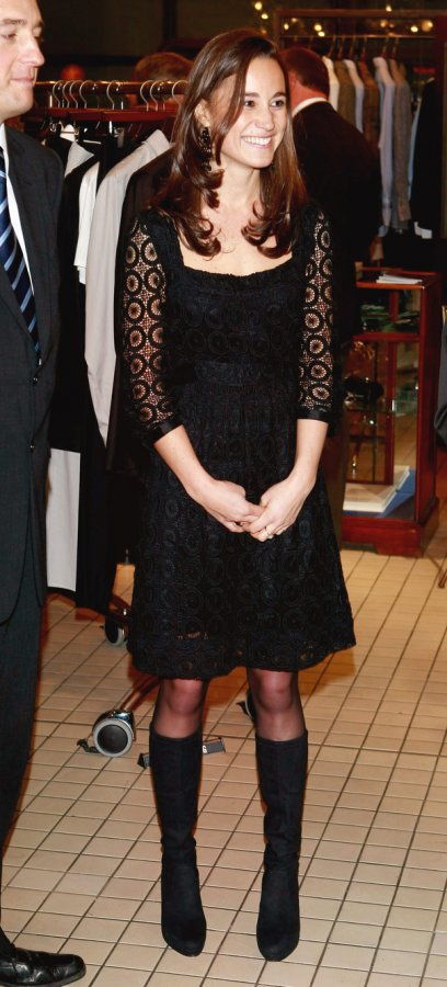 Черное платье фото
