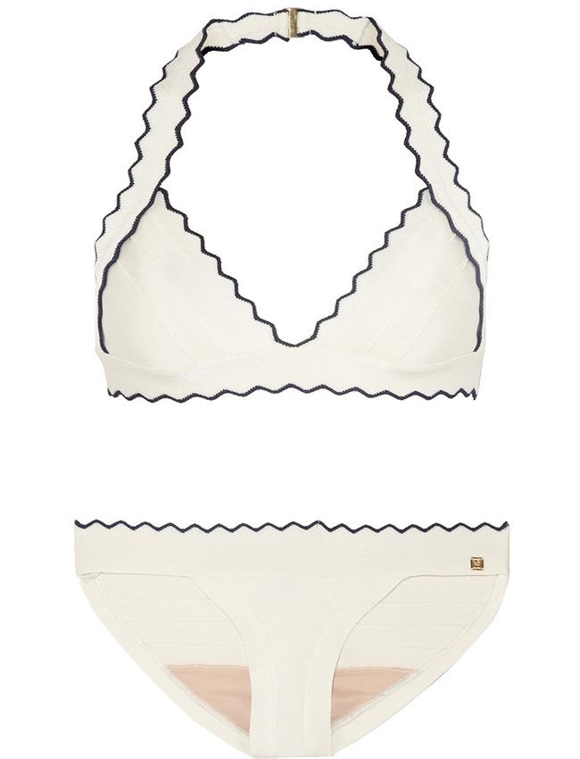Модный белый купальник