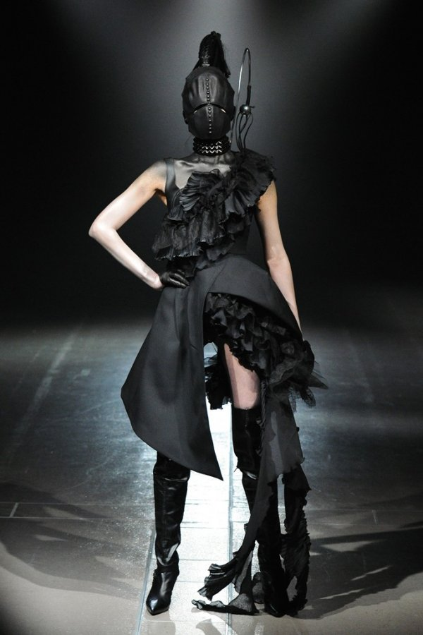Фото с японской недели моды