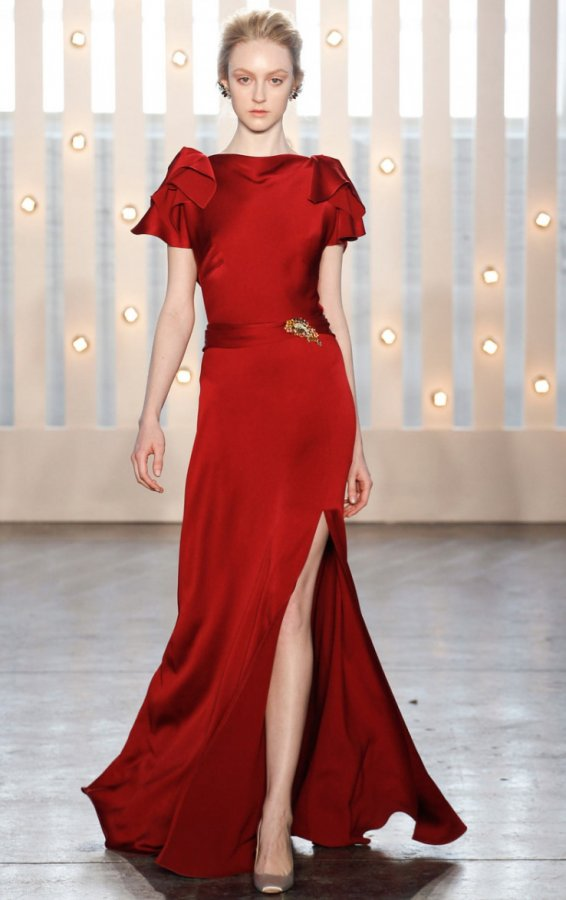 Красное платье в пол 2014-2015