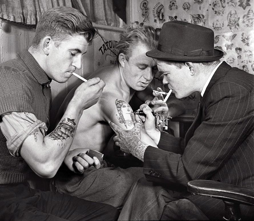 Татуировки – винтажное фото