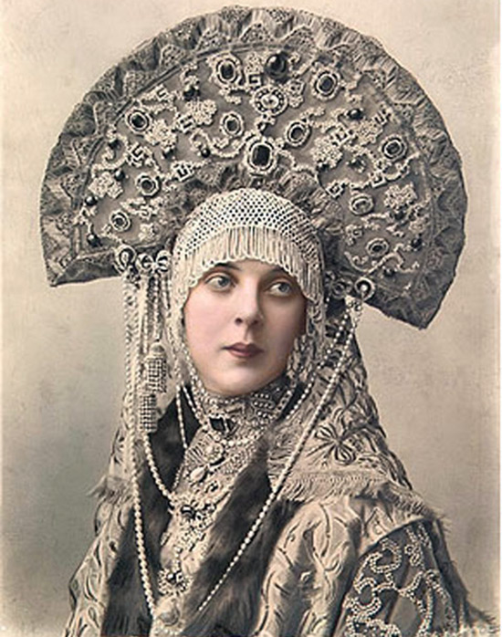 Русский головной убор - кокошник