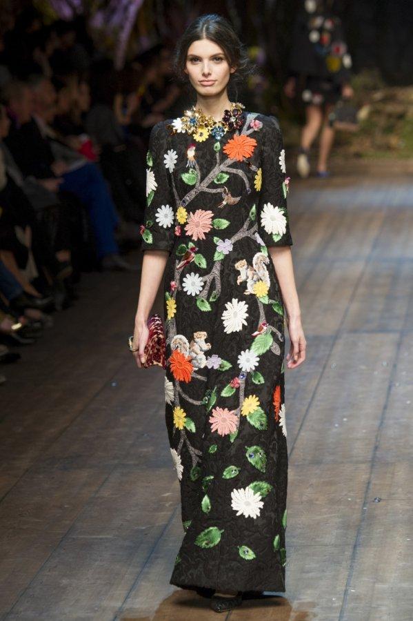 Красивое платье Dolce & Gabbana